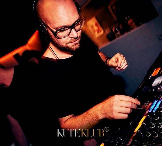 DJ/Producer Stefan K